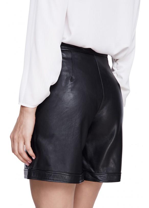 Женский кожаные шорты SHORT-02 NATUREL 093
